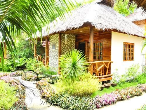 Tipolo Beach Resort Moalboal Cebu